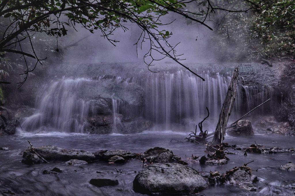 Noboribetsu Onsen - Hot Spring Falls
